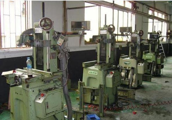 废机器回收,工厂机床回收